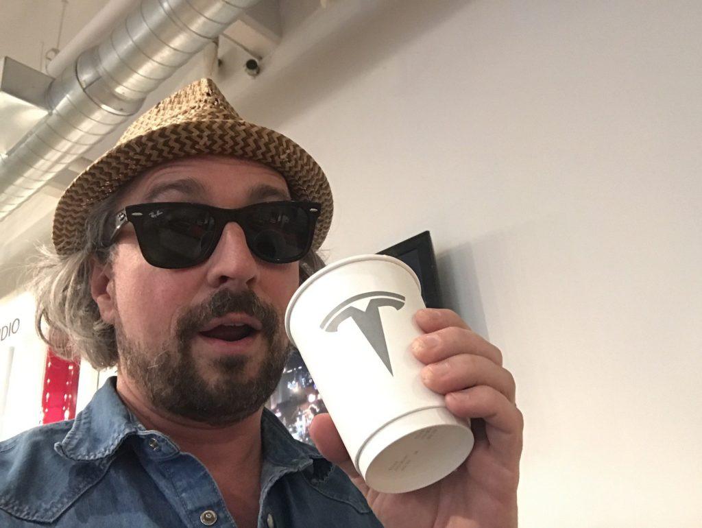 Tesla Cafe